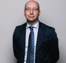 Dott. Stefano Targa - Concessionaria Enrico Giovanzana