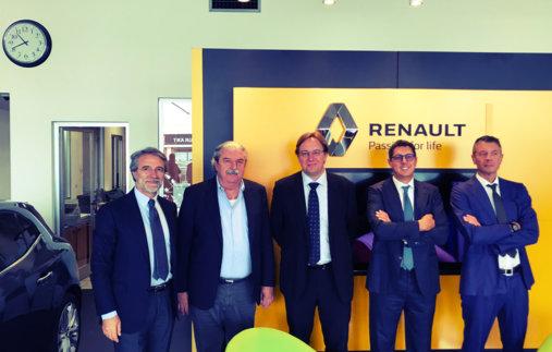 Il direttore generale di Renault Italia in visita alla Piemme Car
