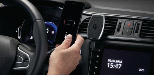 Supporto smartphone con carica batteria a induzione Renault