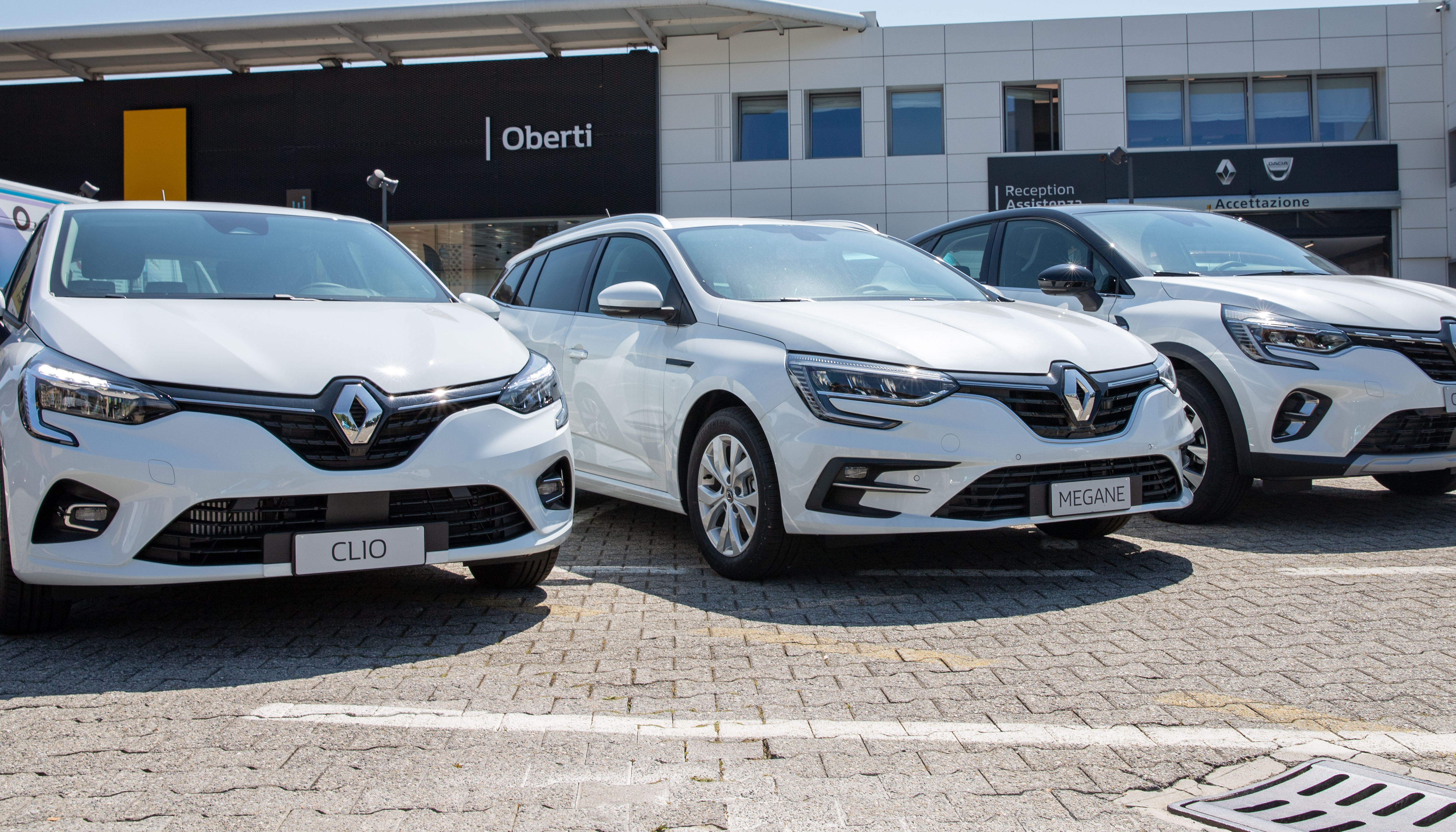 Nuova Gamma Autocarri Renault